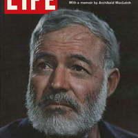 Csapnivaló kém volt Hemingway