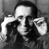 A kamasz Brecht hazafias versei kerültek elő