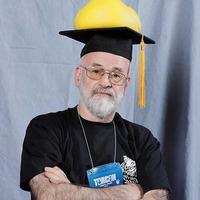 Napi író: Terry Pratchett