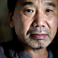 Murakami módosítja novellájában a vérig sértett város nevét