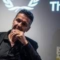 Khaled Hosseini: Egy szempillantás alatt bárki menekültté válhat