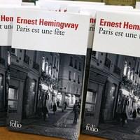 A párizsi terrortámadás után a franciák szétkapkodják Hemingway kisregényét