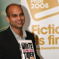 Jordán költő börtönben, a Booker nyertese egy hét alatt milliomos lett