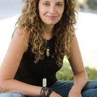Fekete Judit: Szerettem volna, ha az olvasóval kicsit összekacsinthatok