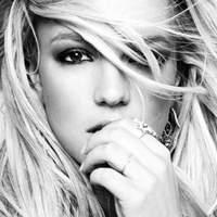 Már Britney Spears is könyvet ír