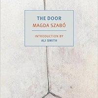 A New York Times szerint Az ajtó az év egyik legjobb könyve