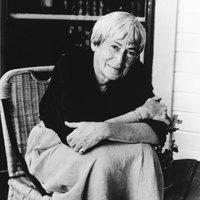 Meghalt Ursula K. Le Guin