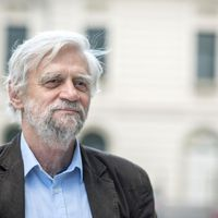 Csordás Gábor: Egy nyomozás olvasata