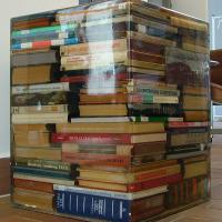 Így kell kreatívan felhasználni a megunt könyveket