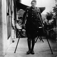 Így udvarol a frissen érettségizett Hemingway