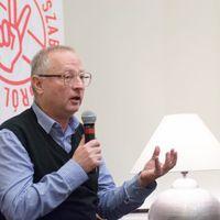 Ha hülye a közönség, azt kell kiszolgálni – Spiró és Słobodzianek a Lengyel Intézetben
