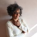 Arundhati Roy: A regény olyan, mint egy város, el kell tévedni benne