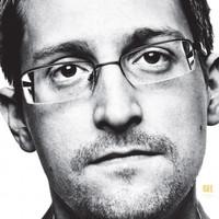 Bepereli Edward Snowden ex-hírszerzőt könyve miatt az amerikai igazságügyi minisztérium