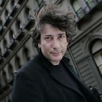 Neil Gaiman kiállt a Charlie Hebdo díjazása mellett