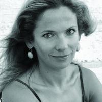 Joanna Bator: Nehéz kiszakadni egy történetből, amelyet a környezetünk akar megíratni velünk