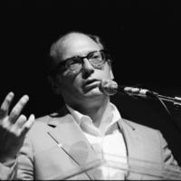 Elhunyt Oscar Hijuelos