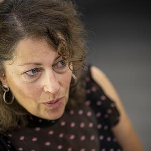 Elisabeth Åsbrink: A női jogok szempontjából hatalmas visszalépés következett a háború után