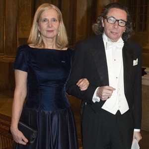 Két év börtönre ítélték a férfit, aki alapjaiban rengette meg az irodalmi Nobelt