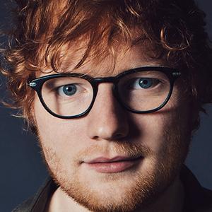 A szégyenlős, dadogó fiúból így lett Ed Sheeran