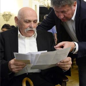 Szilágyi Istvánnak bérelt helye van a 20. század kiemelt szerzői közt