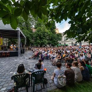Szvoren, Krusovszky, Kötter, Grecsó, Kolozsvár és a 100 éves Tanácsköztársaság - Ilyen volt a Margó negyedik napja!