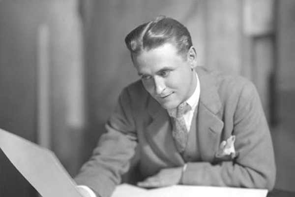 F.-Scott-Fitzgerald-An-American-Icon-1.jpg