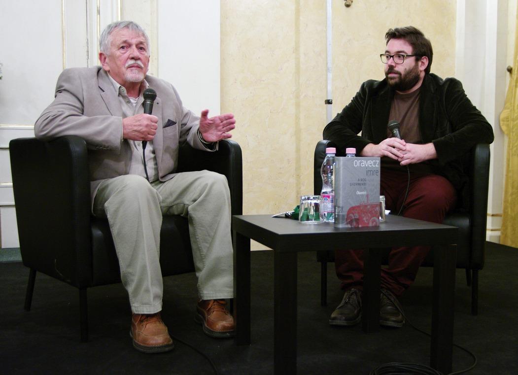 Oravecz Imre és szerkesztője, Szegő János