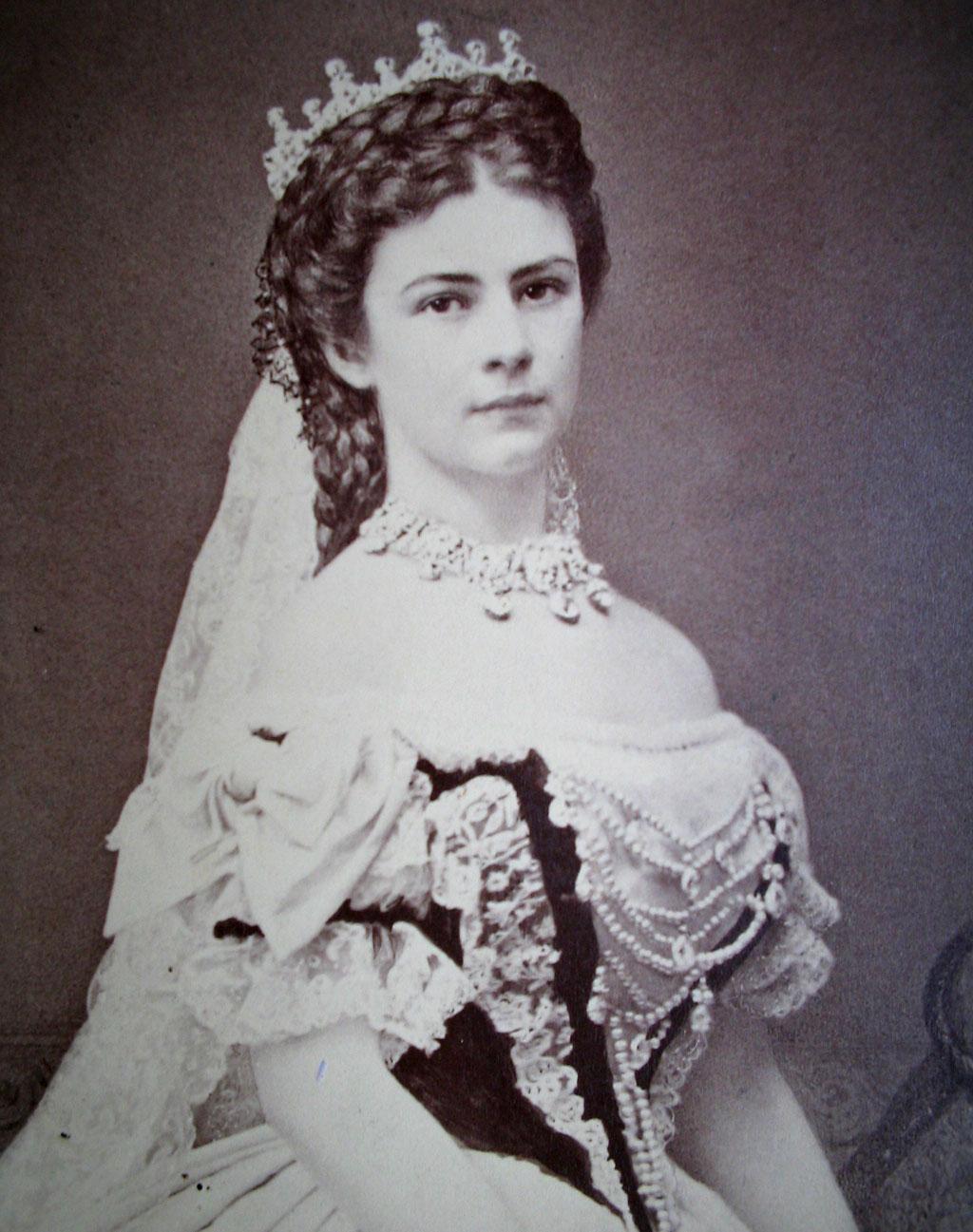 elisabeth-osterreich-1867.jpg