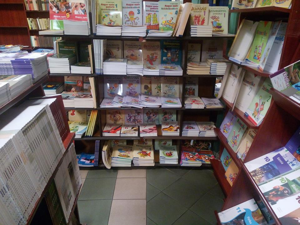 Minden TANKÖNYV és NYELVKÖNYV EGY HELYEN - A Géniusz Könyváruházban! :-) Nézzetek be hozzánk!