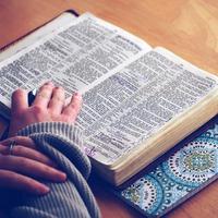 Biblia e-könyvek: szokatlan Szentírás formátum, de egyre népszerűbb