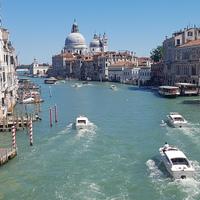 Ahol a turizmus egyszerre áldás és átok