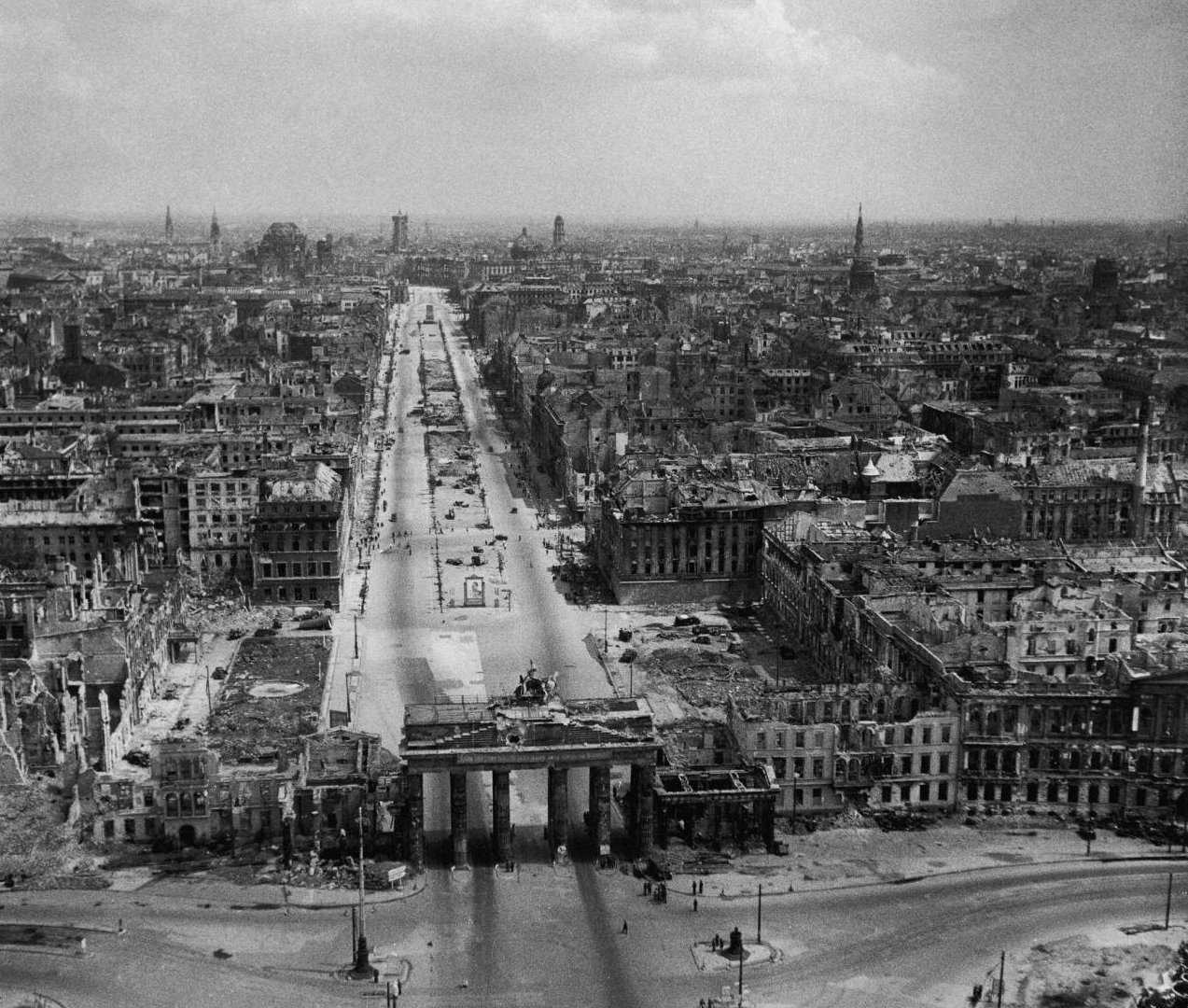 berlin_1945.jpg