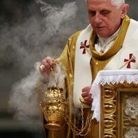 Az egyházi pedofilbotrányok igazából melegügyek