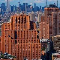 Egy art deco felhőkarcolóban rejtőzik Manhattan közepén a világ legnagyobb kommunikációs csomópontja