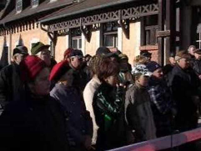 Tüntetés a vasútért - ez már profi videó