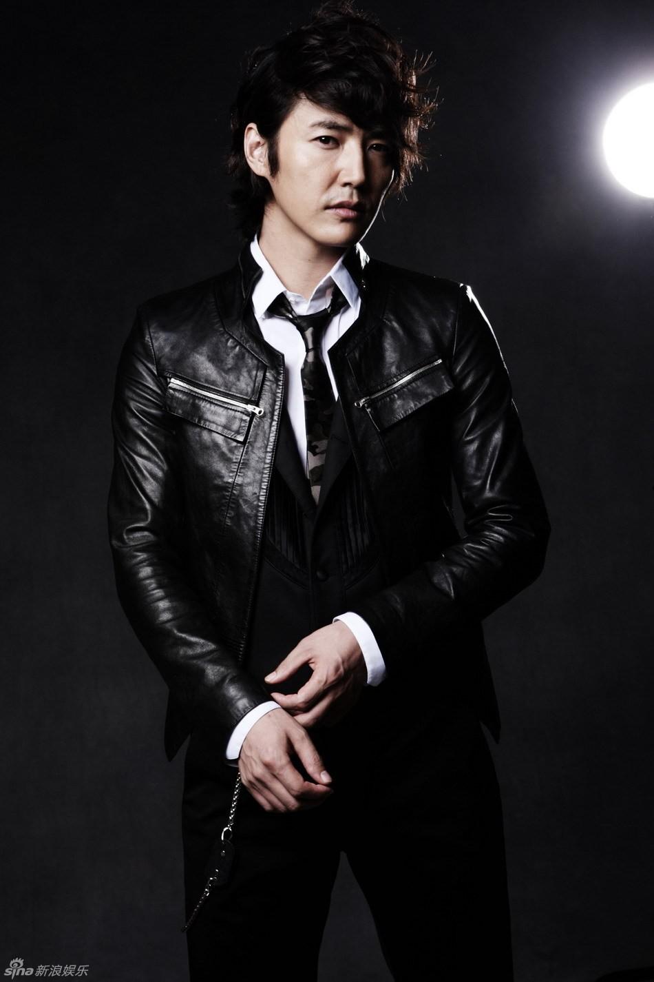 yoon-sang-hyun-8267.jpg