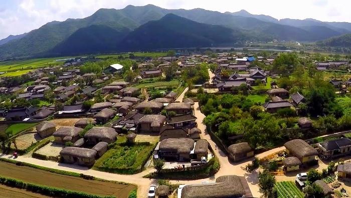 3_andong-hahoe-village_700x394.jpg