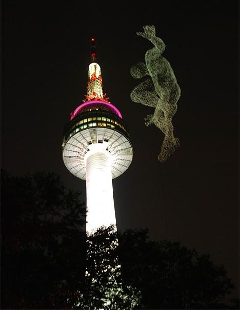 7_seoul-tower-wire-ghost-night_2.jpg