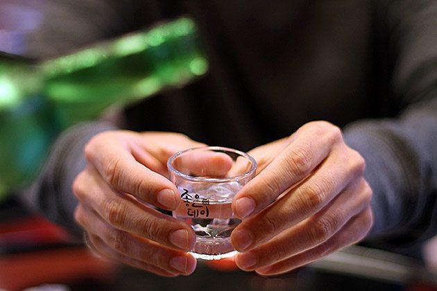 alkohol_10_kep_asiaoptions_org.jpg