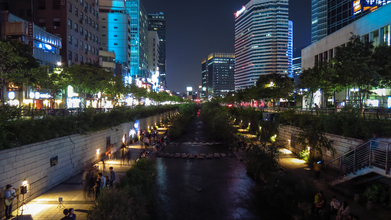 cheonggyecheon-stream-and-city-view.jpg