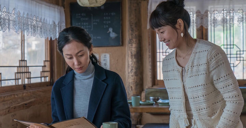 A két anya (Yum Jung-ah és Kim So-jin)