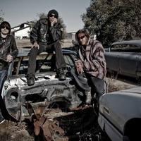 Ray új bandája: KXM!