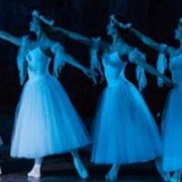 GISELLE - a romantika Alkonyata, avagy mitől lett a Giselle a balettszínpadok állócsillaga?