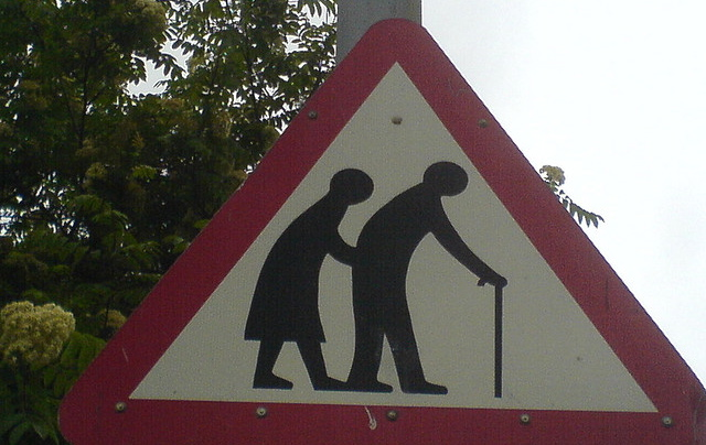 old-people-crossing1.jpg