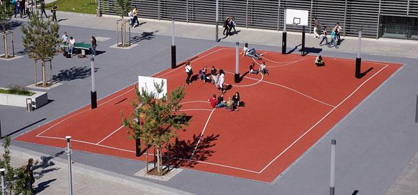 munichs_trippedout_basketball_court.jpg