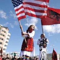 Koszovó Ukrajnának kemény leckét ad
