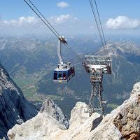 A Tiroler Zugspitzbahn (1225-2950 m)