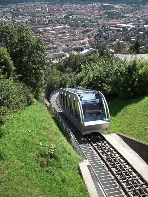 hungerburgbahn_unterwegs.jpg