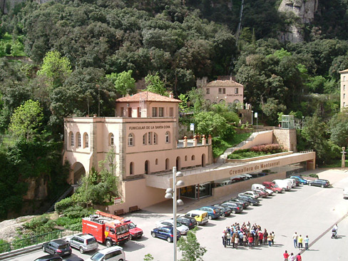 Montserrat_Station-wiki.jpg