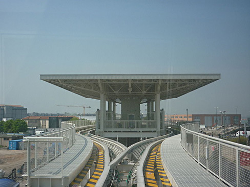 Fermata_marittima_people_mover.JPG